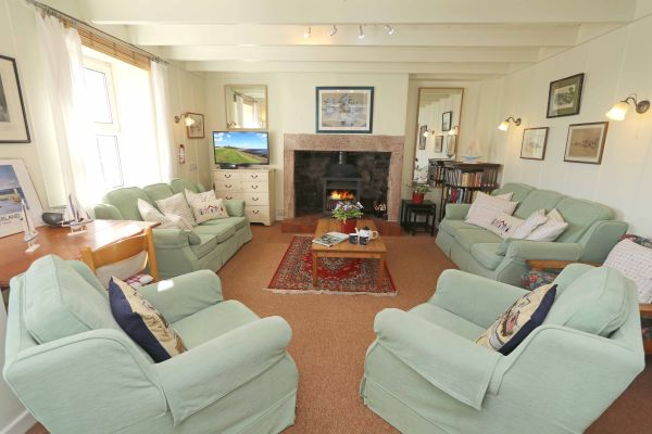 Harbour House, Craster, lounge area