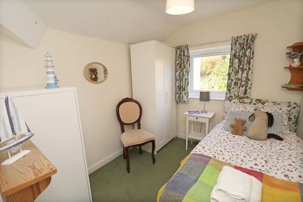 Harbour House, Craster, single bed