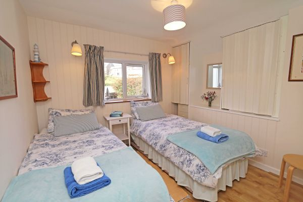 Harbour House, Craster, twin room 2