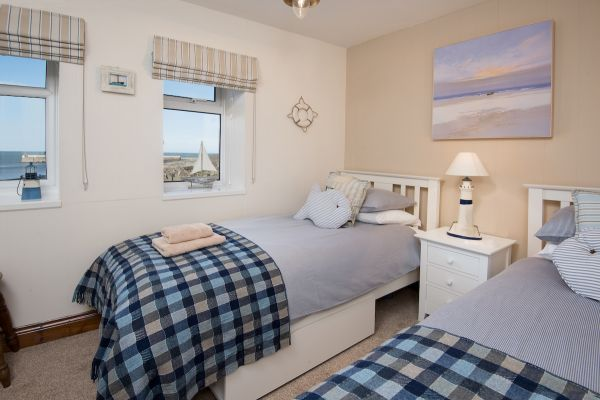 Harbourside twin bedroom
