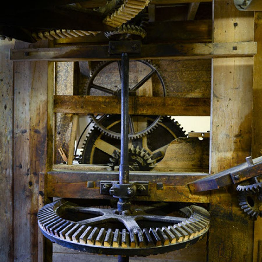 Cogs and Wheel © Jim Gibson