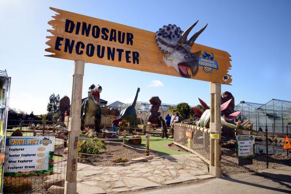 Heighley Gate Dinosaur Encounter Golf