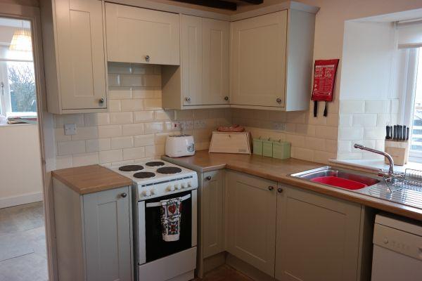 Poppy Cottage Kitchen1