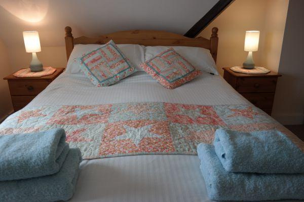 Poppy Cottage Master Bed1
