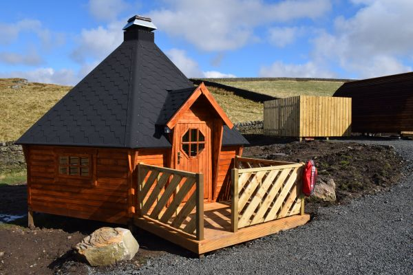 BBQ Hut Available to hire