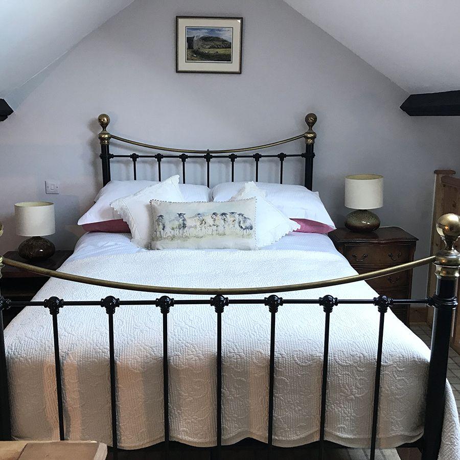 Cuckoo Cottage Bedroom