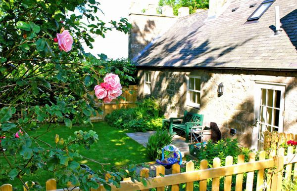 Keepers Cottage Garden