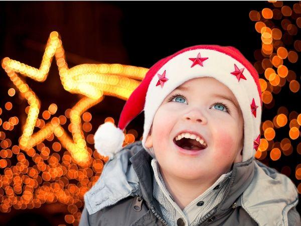 Manor Walks' Christmas Lights Switch On