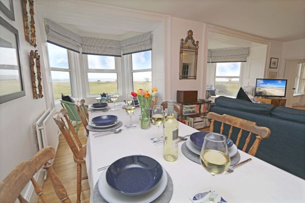 Mariners House, Alnmouth - lovely dining area