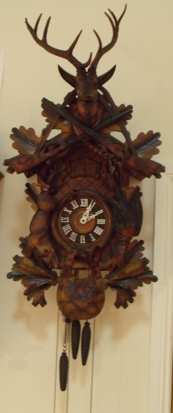 Giant Hunter's cuckoo clock