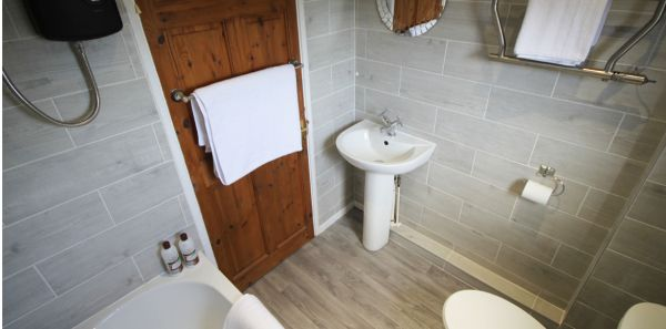 No18 Crumstone bathroom