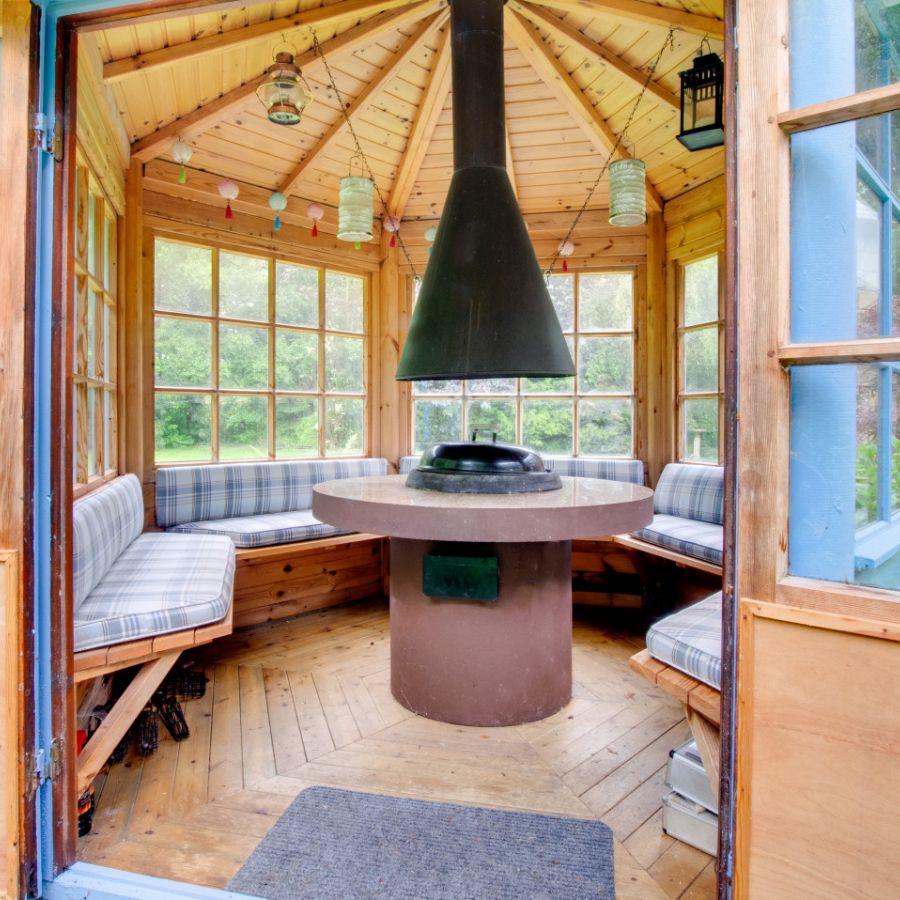 Blue Poppy House BBQ Hut