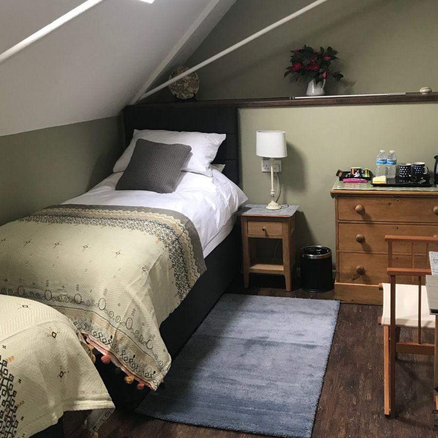 Twin Bedroom (P2)