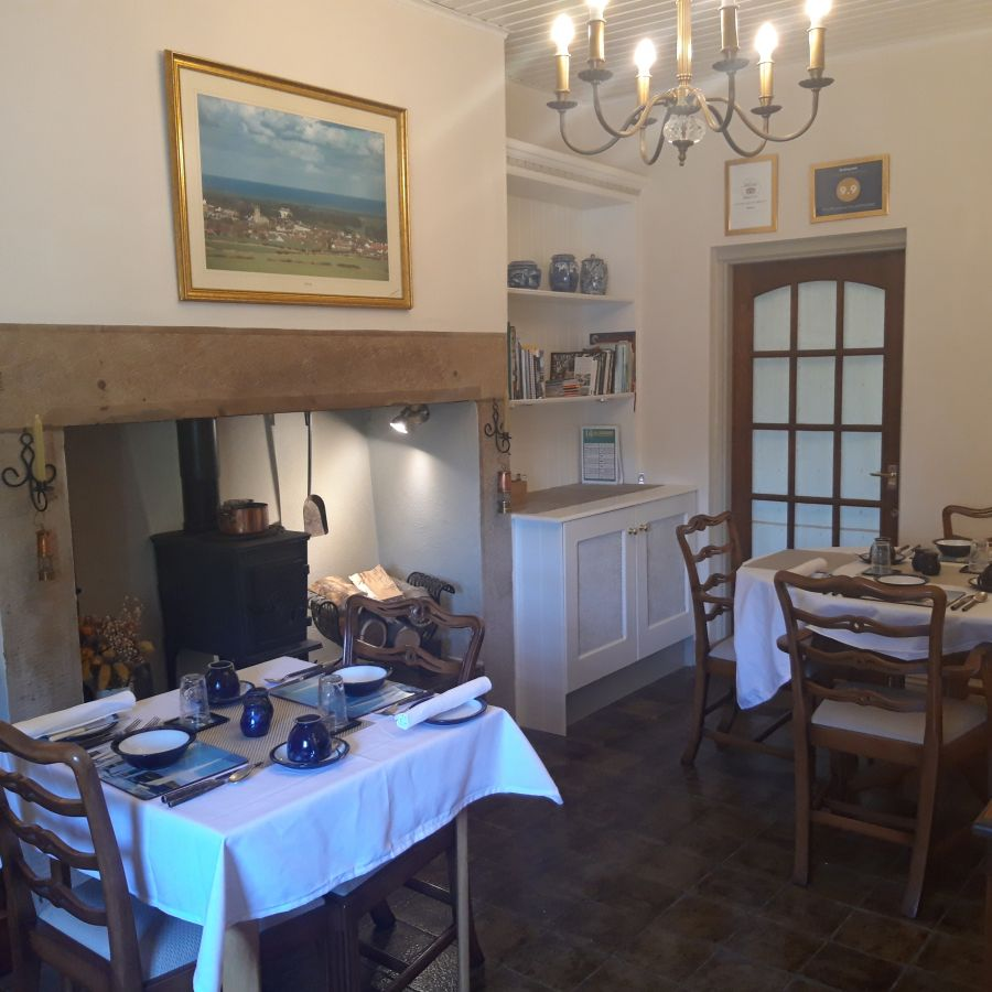 Post Office House Dining Rm