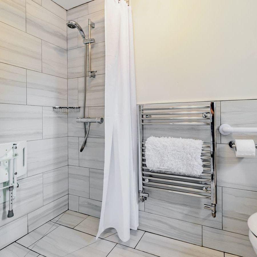 St Cuthbert-Walk in shower