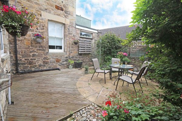 Star House, Rothbury, lovely patio area