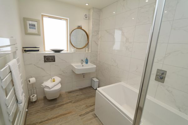 Still Waters,  Amble, bathroom with shower over bath