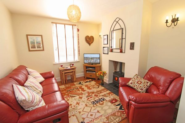 Sundial Cottage, cosy lounge area