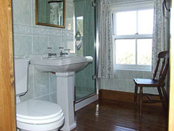 The Annexe bathroom