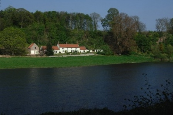 The Boathouse 1 is near St Cuthbert's Church