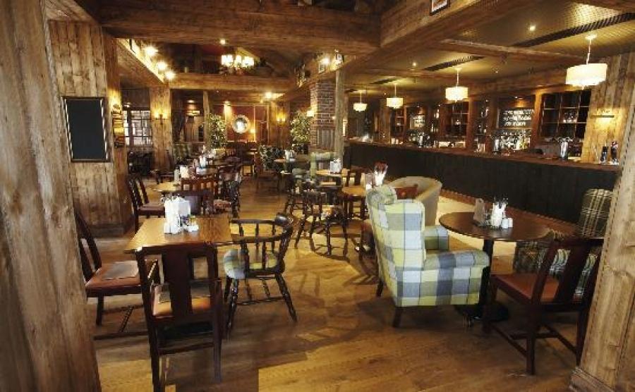 Bar at The Hogs Head Inn