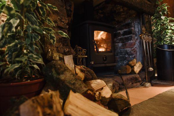 Log Burner at Joiners Arms