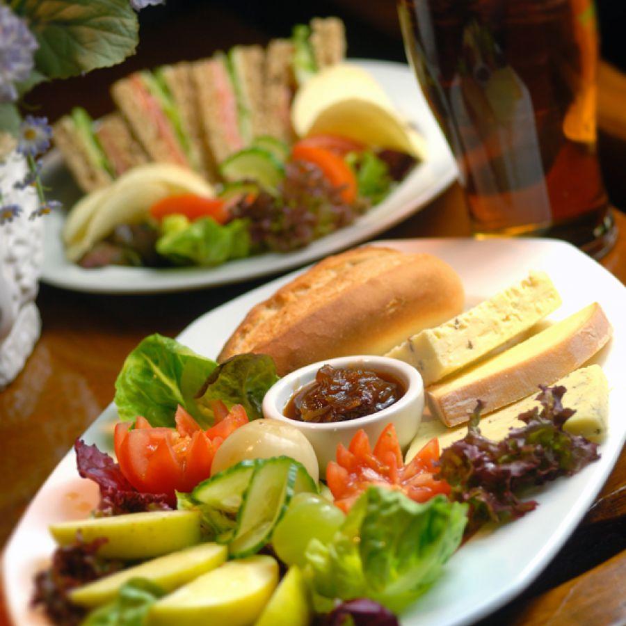 Bar Lunch