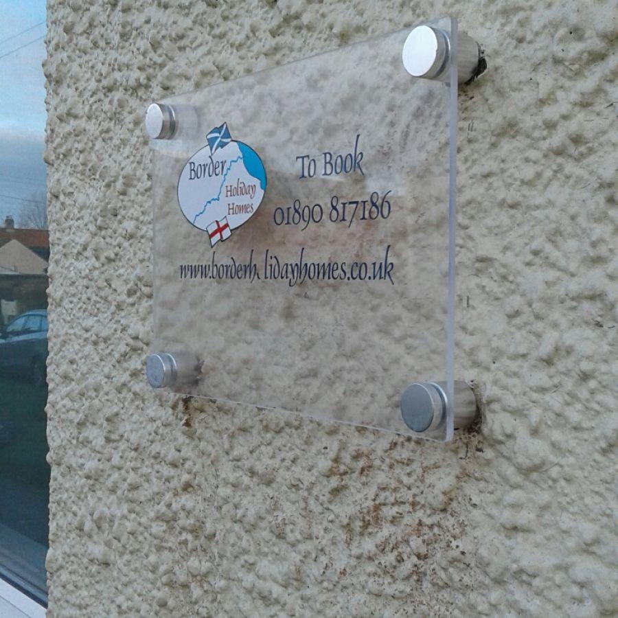 Turner sign