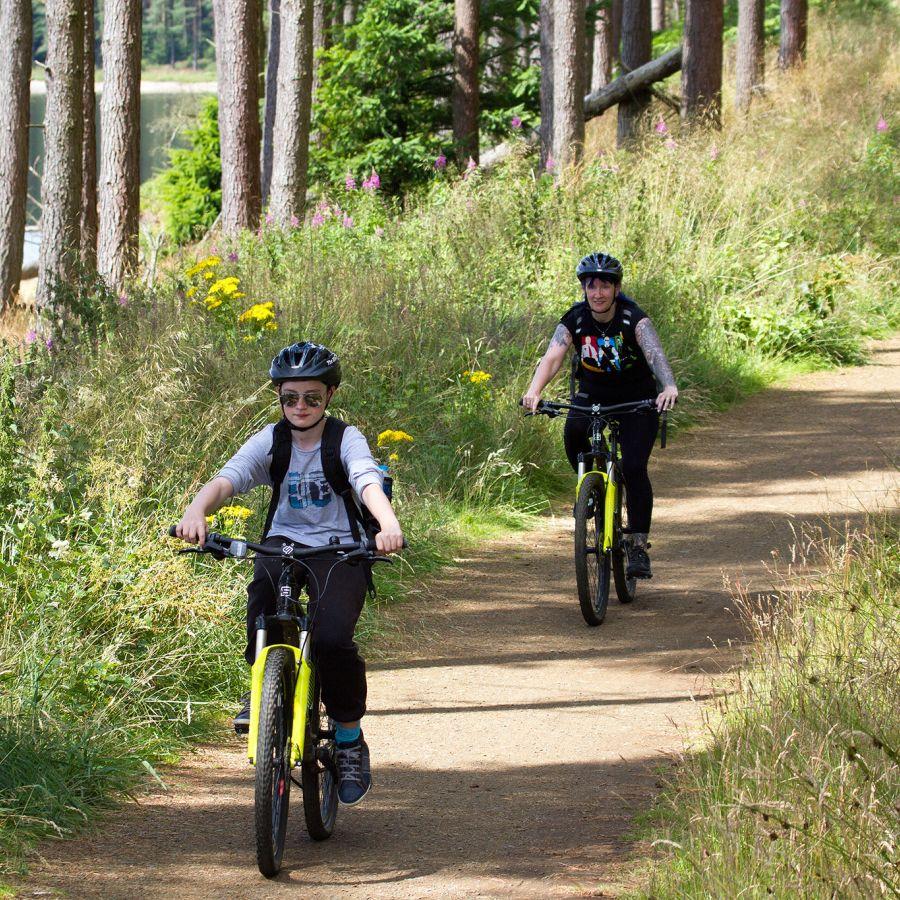 Lakeside Way cycling