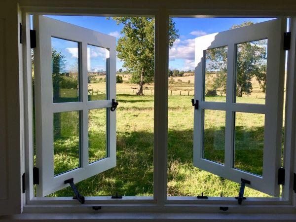 Leveret Window