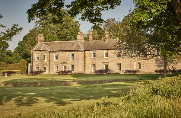 Luxurious elegance and a contemporary spirit at Walwick Hall