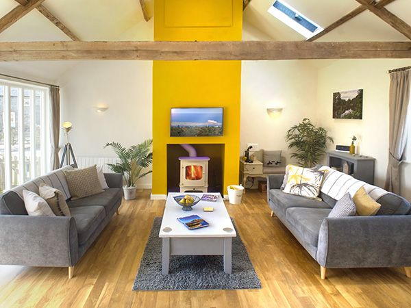 WIN a lavish weekend stay at Rosebud, a Coastal Retreats GOLD rated cottage