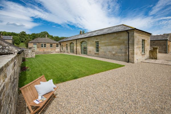 WIN a luxurious stay for 4 guests & 2 dogs in the glorious Northumbrian countryside