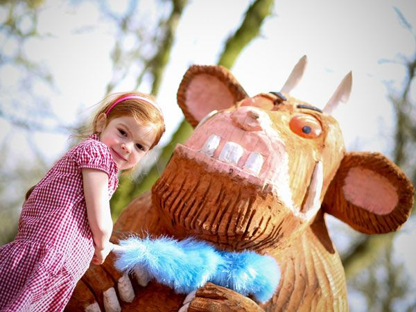 Oh help!  Oh no! -  it's a Gruffalo!
