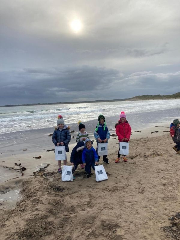 Children's Beadnell Bay Big Beach Clean Up